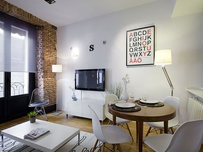 Madrid Center apartment rental - Living/dining area