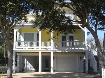 Kure Beach house rental - Wonderful 3 Level Family Retreat