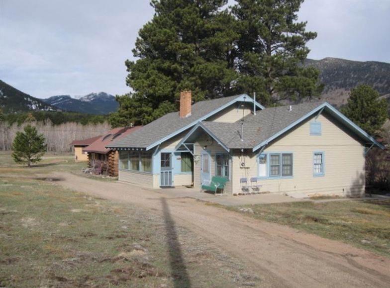 Fishing cottage on the big thompson river with wi fi 2 br for Fishing cabin rentals wisconsin