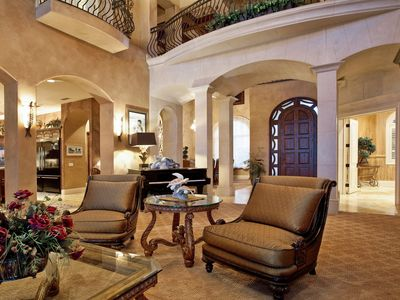 Scrumptious living area