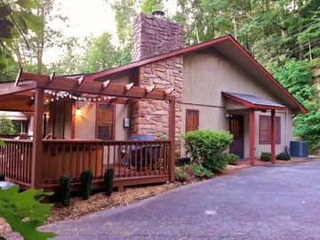 Maggie Valley townhome rental - Welcome to Up & Away! Hot Tub and Grill under the pergola