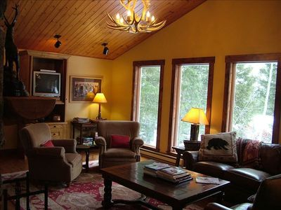 Teton Village house rental - Great Room with plenty of seating. New flat screen TV not shown in this picture.