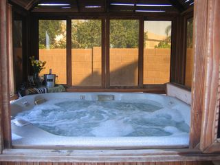 Peoria house photo - Jacuzzi