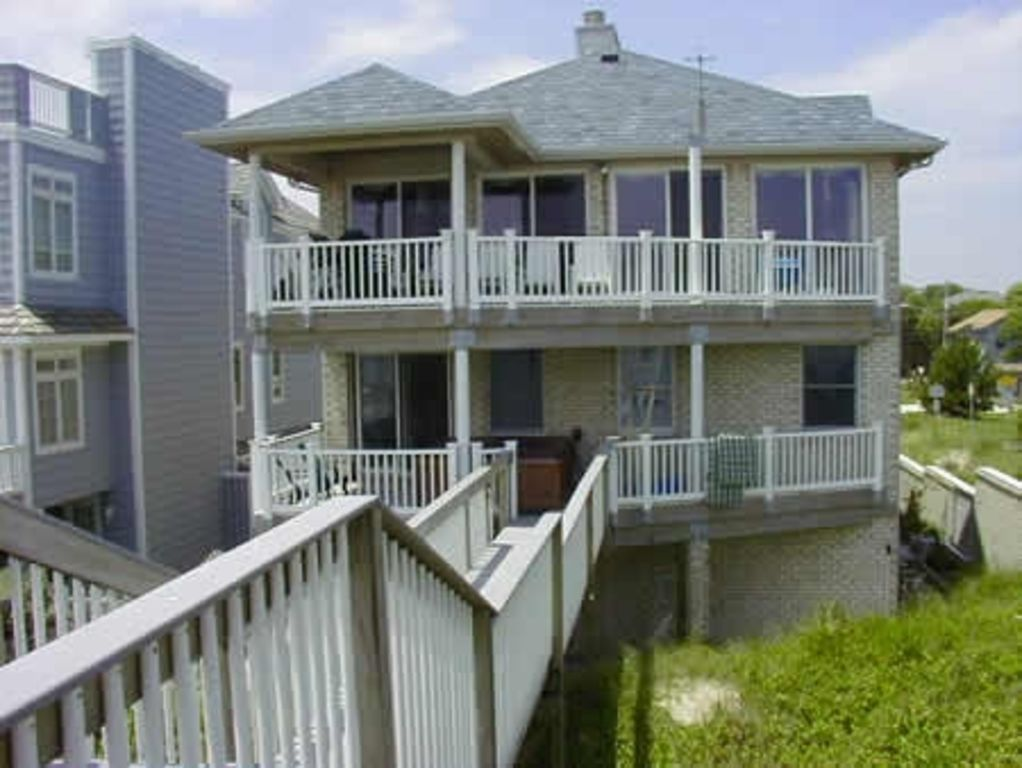Luxury 7 Bedroom Beachfront Home Hot Tub Vrbo