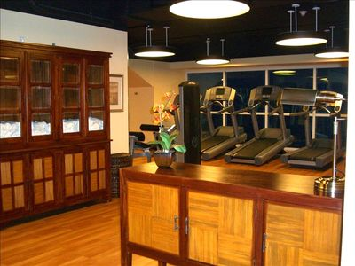 STATE OF THE ART FITNESS CENTER OVERLOOKING THE EMERALD GULF WATERS...