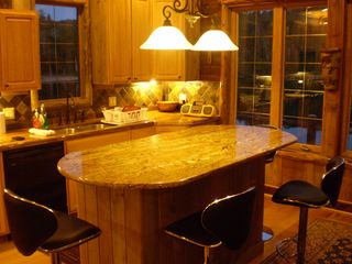 Lake Medora cottage photo - Kitchen island