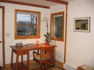 Mill Valley studio rental - Writing Area with a view of mountain