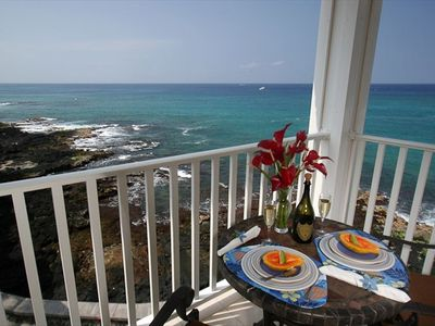 Breakfast on the ocean front lanai at 410