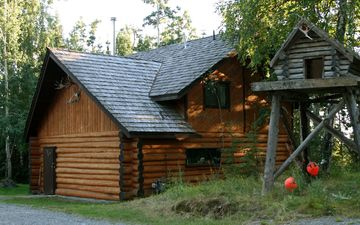 Sterling cabin rental - The Guest House sits atop our beautifully hand-crafted log house.