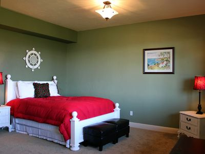 Somers house rental - The Cherry Room with walk-in-closet on the Lower Level