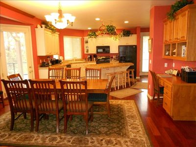 EXPANSIVE Dining Area. WELL-EQUIPPED Kitchen. WiFi (Wireless Internet)