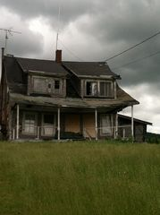Pittsburg house photo - 'Monster House' along Moose Ally! Kids love this!