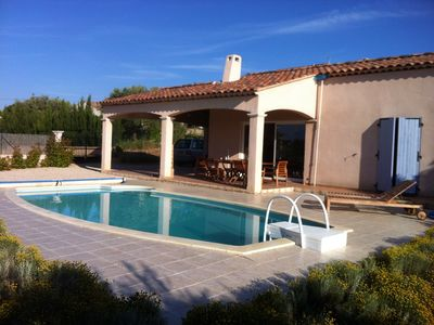 Provence, villa with heated pool, on the plateau of lavender, sunning