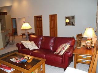 Bozeman townhome photo - Living room with cable TV and high speed Internet