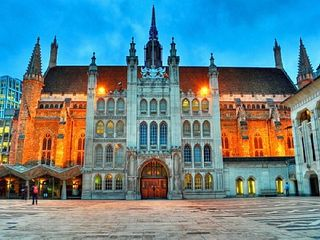 City of London apartment photo - Guildhall, 3 minutes walk away