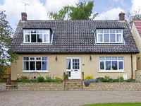 HIGH VIEW, pet friendly, with a garden in Pickering, Ref 3966