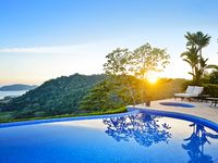 Magical Home w/infinity Pool and Amazing View of Los Sueños-Access amenities!