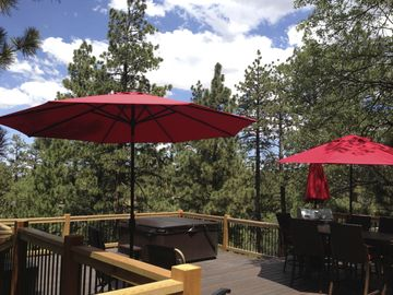 Moonridge cabin rental - TREETOP Deck with hot tub!