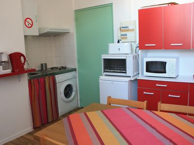 Furnished bright and quiet 30m2 1 wifi tv room washing machine courtyard view