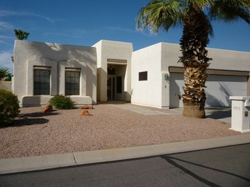 Sun Lakes house rental - Front view of our house-nothing but blue sky!