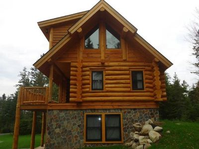 Fine details in this log home.