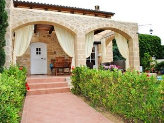 Platanias villa photo - Entering villa Melody