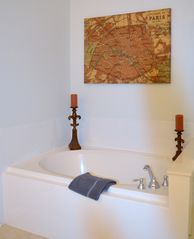 Orlando condo photo - Roman tub in master bathroom