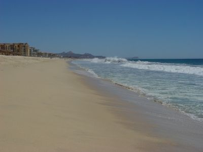 San Jose del Cabo condo rental - Beach in front of Las Mananitas (looking left)