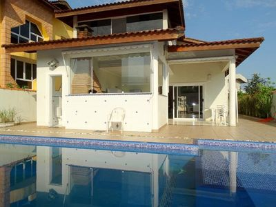 Large house in condominium with beach service, accommodation 15 people
