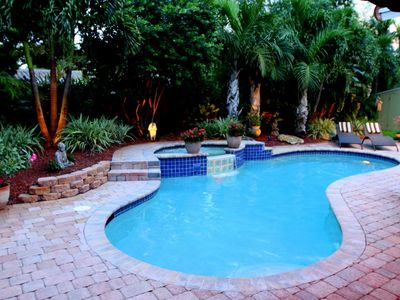 Complete total privacy to enjoy the heated pool, grill food and relax - gardens