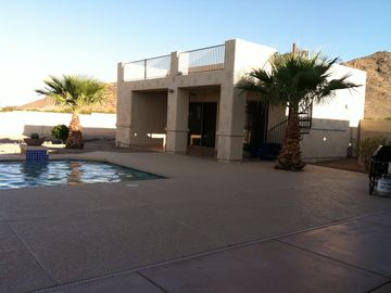 Queen Creek studio rental - Located at the base of Goldmine Mountain. Mountain views. PHX skyline views.