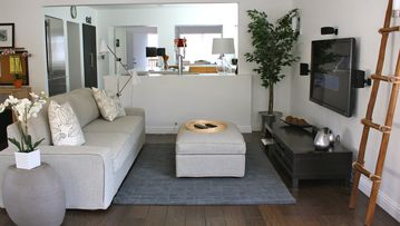 Monterey house rental - Bright and open space