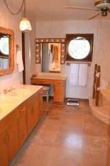 Marathon house photo - Beautiful Master Bath