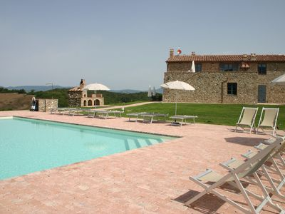 DETACHED VILLA WITH POOL, FAMILY MEETINGS, PIZZA OVEN, BBQ, PETS