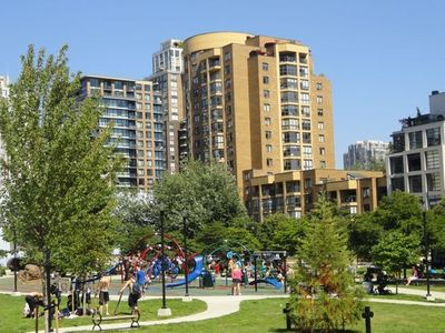 Vancouver apartment rental - Emery Barnes Park -- Across the Street