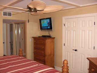 Palmetto Dunes condo photo - Another view of master suite with 32' HDTV. Second dresser and second closet.