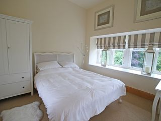 Auchterarder, Gleneagles and The Ochils apartment photo - White Bedroom - located half-way up the spiral staircase of the Tower