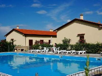 Discover your holiday in Tuscany countryside along the Etruscan Coast…