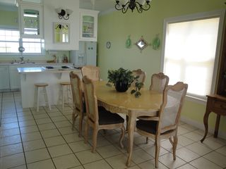 El Centro Beach house photo - Spacious dining room freshly painted. Room for the whole family!