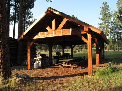BBQ Pavilion with BBQs, Griddle and Wood Smoker