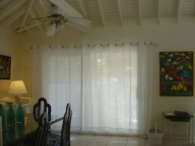 DINING ROOM WITH CLOSED CURTAINS