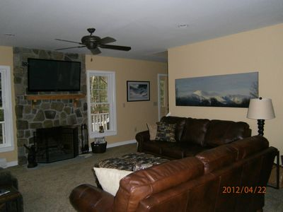 Bartlett house rental - Family room with 51 inch flat screen