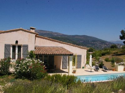 quiet house with garden and swimming pool  in Peymeinade close to Mougins Cannes Grasse