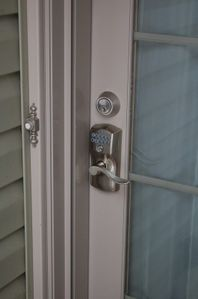 Easy to use combination lock on front door