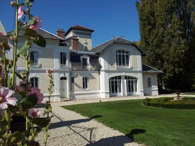 House 8 persons 10mn Disneyland + swimming pool + landscaped park