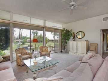 Palm Desert condo rental - Living Room with Gorgeous views of Mountains and Ramada