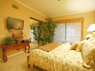 La Quinta house photo - Master bedroom suite(King) w/ widescreen hi def TV