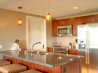 Lahaina condo photo - Beautiful Kitchen