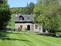 Traditional Detached Country Cottage, Nr St Andrews,with wi-fi and tennis court