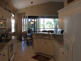 Bonita Springs townhome photo - Fully equipped kitchen